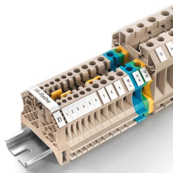 Terminals / Connectors